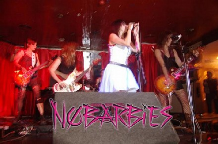 nobarbies001.jpg